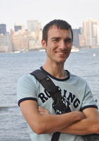 A photo of Avner who is one of our Pre-Calculus tutors in New York