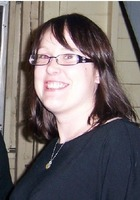A photo of Melissa who is one of our Writing tutors in Evanston