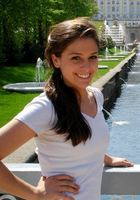 A photo of Stephani who is one of our History tutors in Washington
