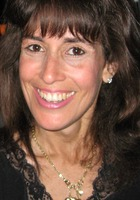 A photo of Debra who is one of our Writing tutors in New York
