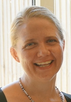 A photo of Anna, a French tutor in Mission Hills, CA