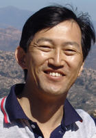 A photo of Chaur-Ming who is one of our Physics tutors in Glenmont