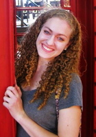 A photo of Kristen, a SAT tutor in Prairie Village, KS
