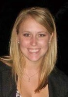 A photo of Jaclyn who is one of our Social studies tutors in St. Louis