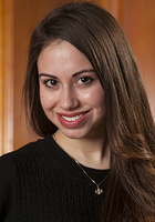 A photo of Alyssa who is one of our English tutors in Carpentersville