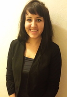 A photo of Olivia who is one of our GRE tutors in Mokena