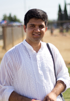 A photo of Bhuvnesh, a Pre-Calculus tutor in Manhattan Beach, CA