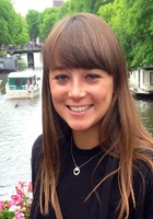 A photo of Rachel who is one of our English tutors in Wrigleyville