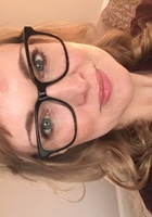 A photo of Sarah, a English tutor in Morton Grove, IL