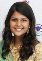 A photo of Minu who is one of our Biology tutors in Arlington Heights