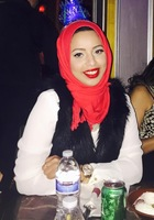 A photo of Hajar who is one of our French tutors in Albany