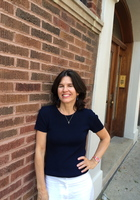 A photo of Lisa, a French tutor in Rolling Meadows, IL