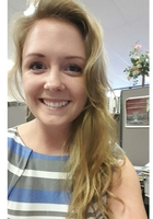 A photo of Allison who is one of our Geometry tutors in Hinsdale