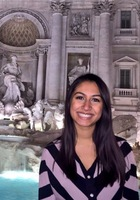 A photo of Ezgi who is one of our French tutors in Matteson