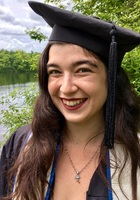 A photo of Leah, a Writing tutor in Providence, RI